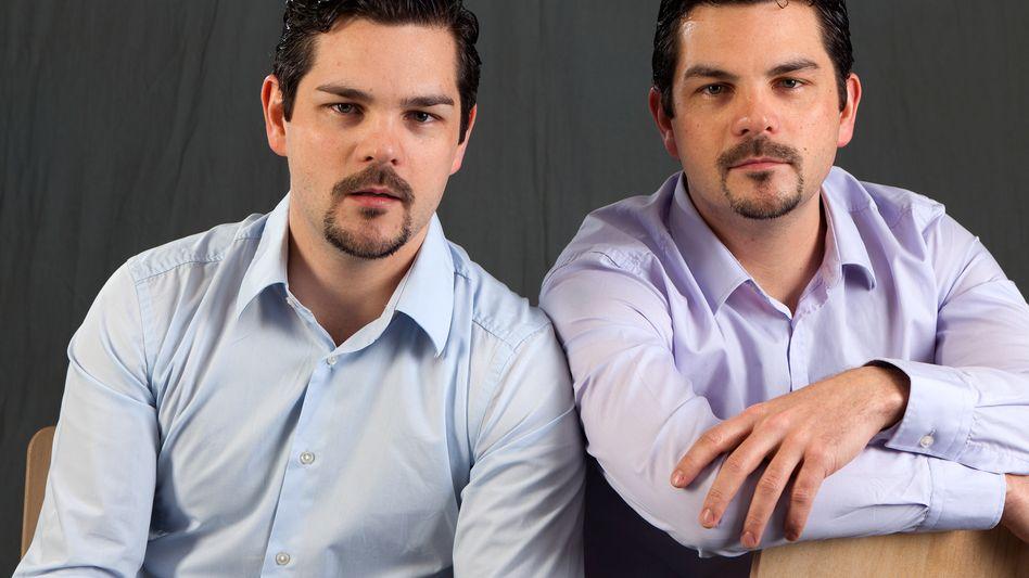 Innovationen im Minutentakt: Chief Games Officers Philip (l.) und Tobias Reisberger