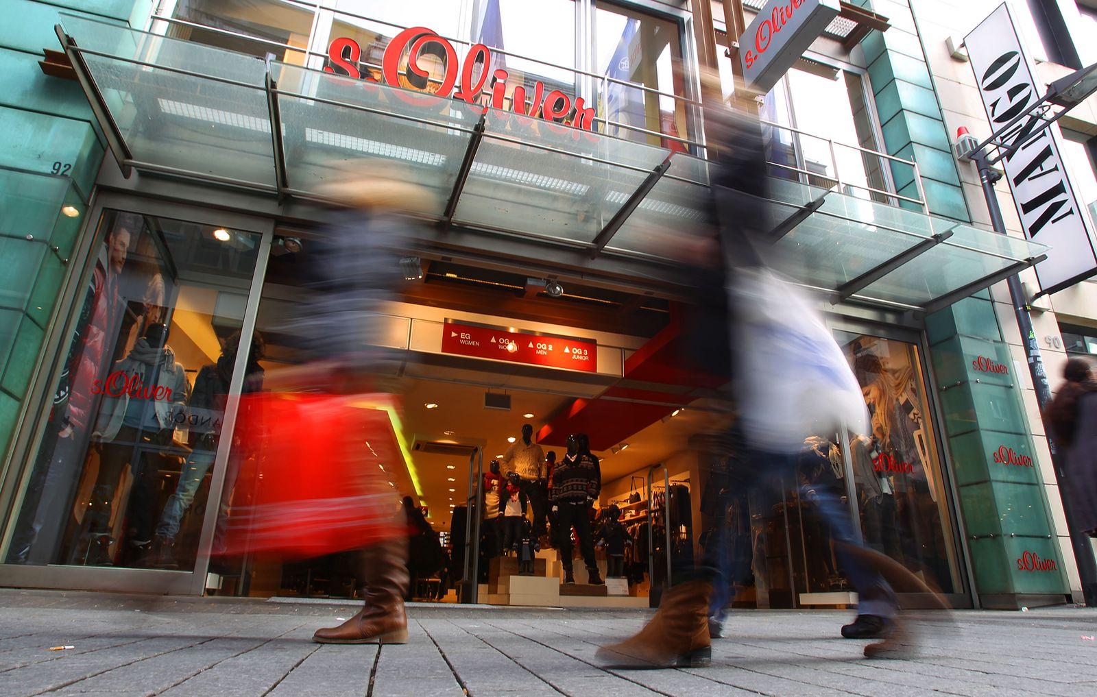 Eurozone droht Rezession / Einkaufsstraße / Fußgängerzone / Einkaufen