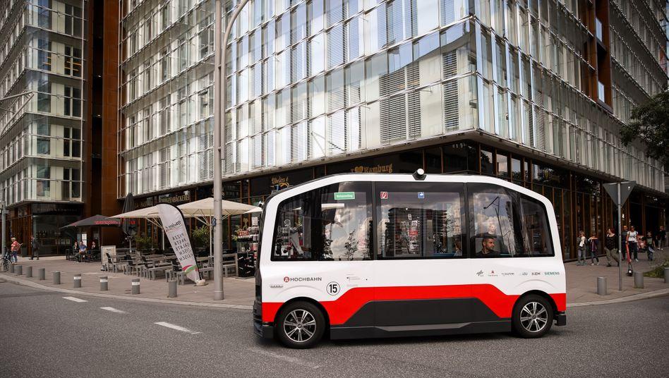 """Der autonom fahrende Kleinbus """"Heat"""" auf Testfahrt in Hamburg"""