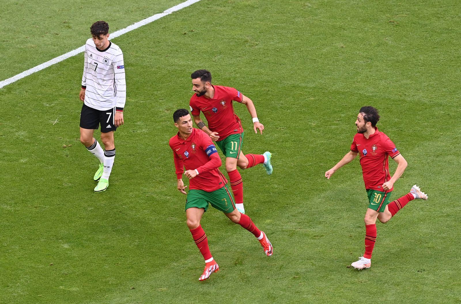 Fussball, Herren, Saison 2020/21, Euro 2020, Gruppe F (2. Spieltag) in München, Portugal - Deutschland, v. l. Christiano