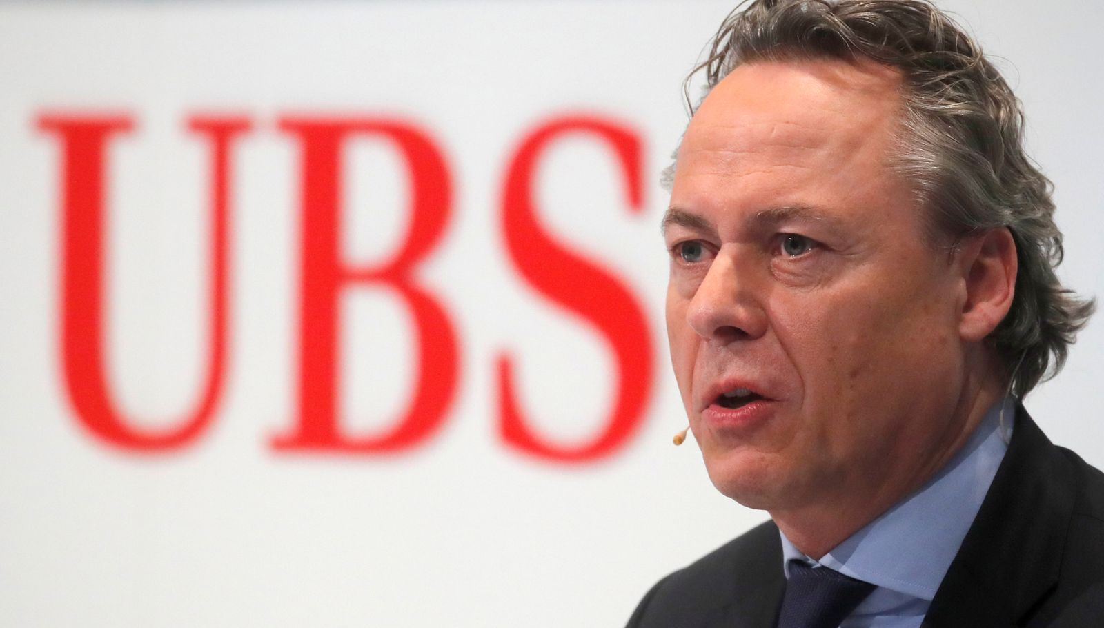 FILE PHOTO: Designated new CEO Hamers of Swiss bank UBS addresses a news conference in Zurich