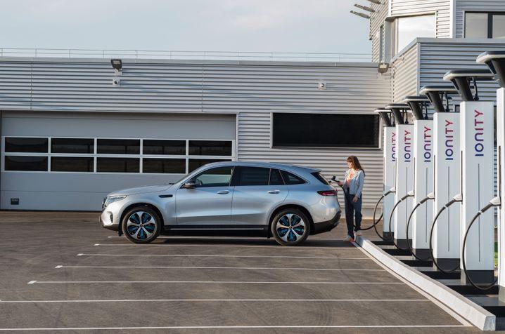 Elektroauto Mercedes EQC: Die Batteriezellen der kommenden EQ-Brüder sollen auch aus Sachsen-Anhalt kommen