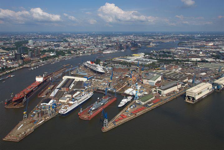 Lürssen-Werft Blohm + Voss in Hamburg
