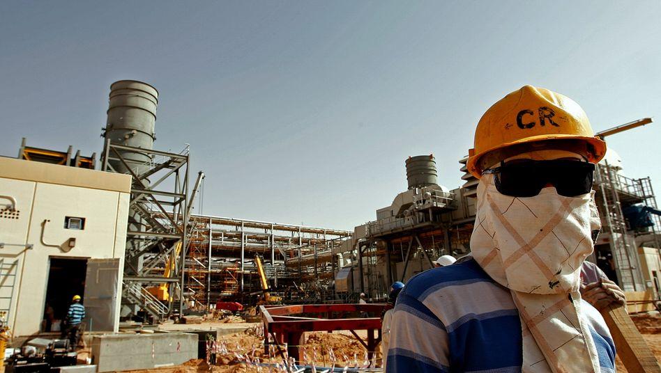 Ölförderung in Saudi-Arabien: Geht es nach der Internationalen Energieagentur, sollten die Ölkonzerne keinen weiteren Dollar mehr in neue Förderprojekte stecken