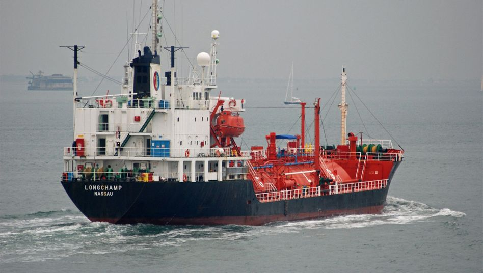 """MPC-Tanker """"Longchamp"""": Das Hamburger Emissionshaus meldet die Insolvenz von sieben Containerschiffen"""