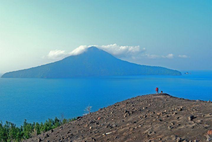 Der Anak Krakatau ist einer der aktivsten Vulkane weltweit. Betreten sollten Besucher die Insel lieber nicht