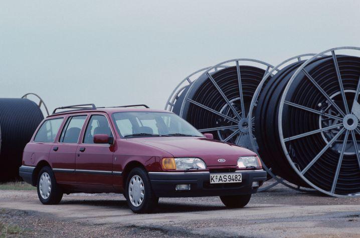 Für Turnierspieler: In zweiter Generation bringt Ford den Sierra 1987 an den Start, der Kombi heißt weiterhin traditionell Turnier.