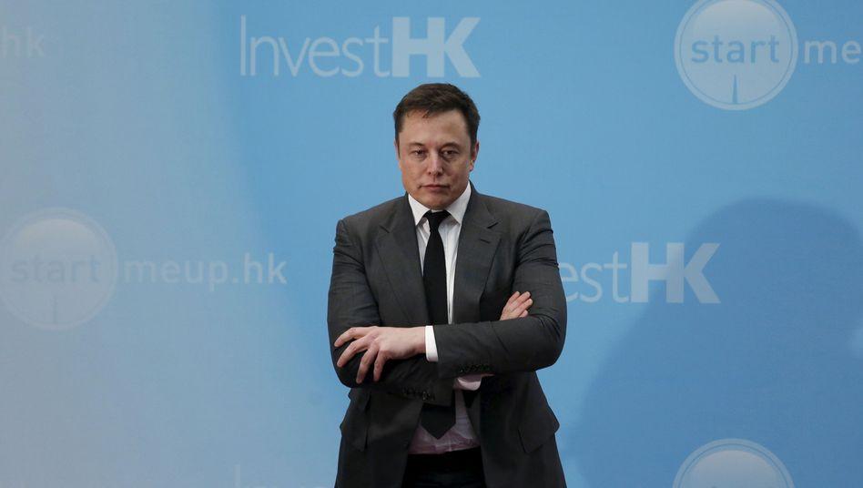 """""""Lenksystem in der Betaphase"""": Tesla-Chef Elon Musk wird nach dem Unfalltod des Fahrers eines autonom gesteuerten Tesla sicher einige Fragen beantworten müssen"""