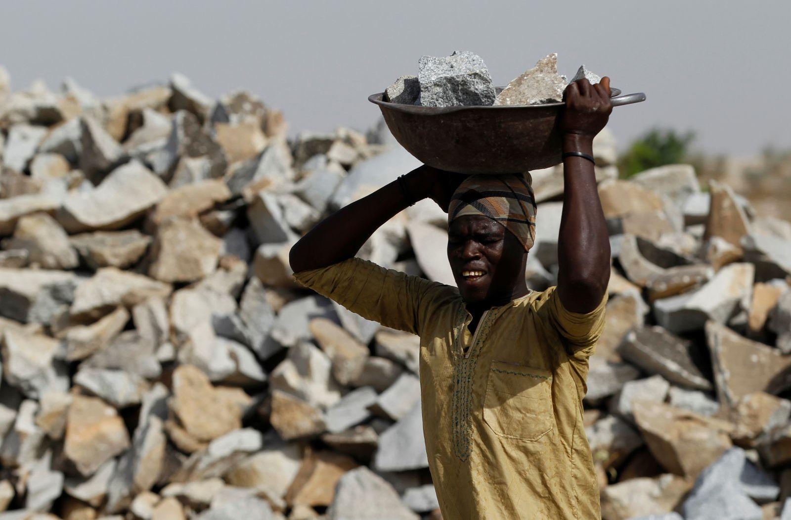 Goldmine / Bodenschätze / Rohstoffe / Nigeria