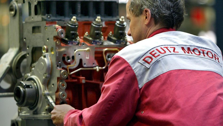 Motorenmontage bei der Deutz AG in Köln: Großaktionär will Anteile verkaufen