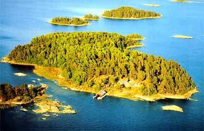 Privatinsel nördlich von Stockholm (Schweden)