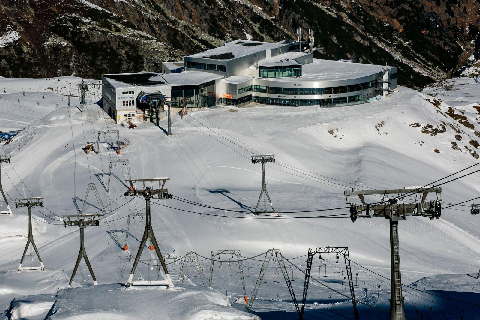 Austrian Ski Resorts To Re-Open Before Christmas