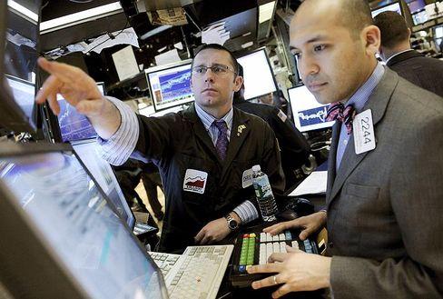 Auf und ab: Wall Street schließt im Minus, aber starkes drittes Quartal