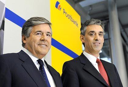 Andere Zeiten: Als Deutsche-Bank-Chef Ackermann (l.) und Post-Chef Appel den Deal aushandelten, notierte die Postbank-Aktie noch deutlich höher