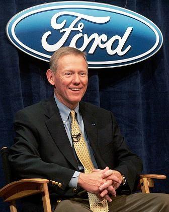 Ford-Chef Mulally (2006): Kürzung des Grundgehalts zugestimmt