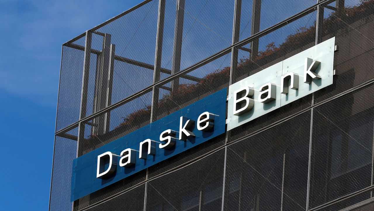 danske bank deutsche bank muss millionenbußgeld zahlen