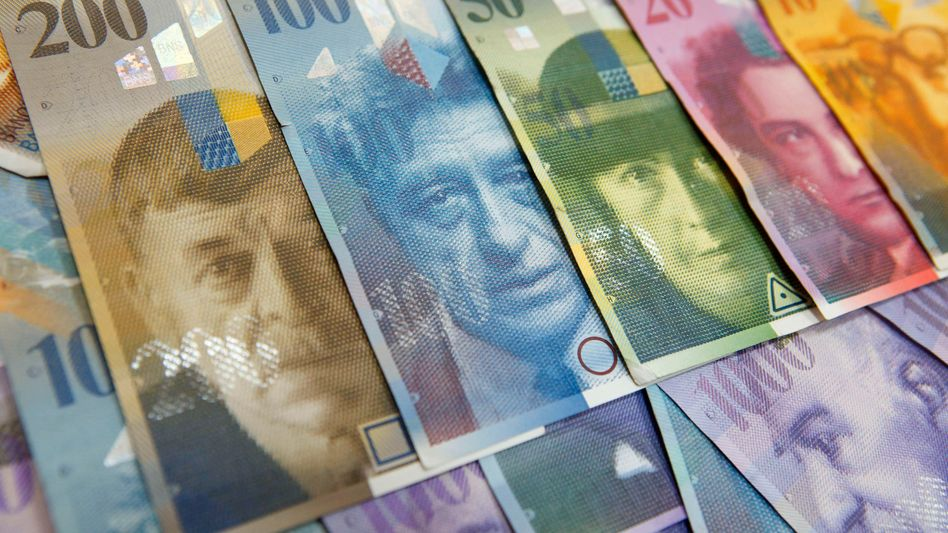 Auf Höhenflug: Die Schweiz ist bemüht, die eigene Währung nicht zu teuer werden zu lassen