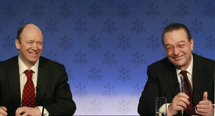 Der neue starke Mann: John Cryan, ehemaliger UBS-Topmanager und zum jetzigen Zeitpunkt noch Aufsichtsratsmitglied der Deutschen Bank, soll Jain sofort ersetzen und ab Mai 2016 Deutschlands größtes Geldhaus dann als alleiniger Vorstandschef wieder auf Kurs bringen