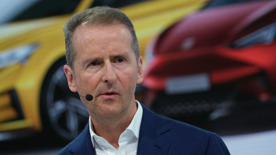 """VW-Chef Herbert Diess während der Bilanzpressekonferenz am 12. März. 2019 in Wolfsburg. Am Abend sagte er seinen Führungskräften: """"Ebit macht frei""""."""
