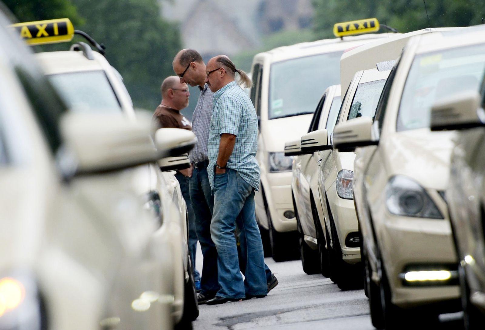 Taxifahrer / Mindestlohn