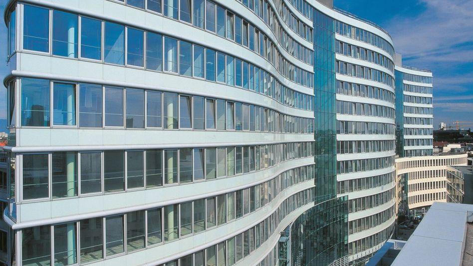 """Investoren schlagen zu: Der Verkauf der """"Frankfurter Welle"""" für rund 400 Millionen Euro an die Axa Versicherungen sowie den staatlichen Pensionsfonds Norwegens zählte 2012 zu den größten Einzeldeals am deutschen Markt"""