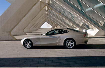 Ferrari 612 Scaglietti: Mit 541 PS und einer Spitzengeschwindigkeit von 321 km/h kann man nicht wirklich von Untermotorisierung sprechen.