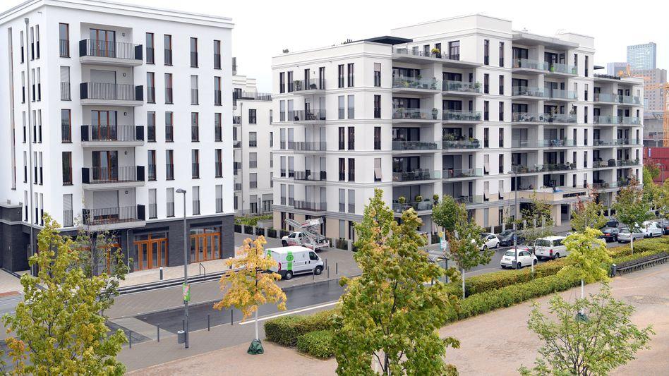 Niedrige Zinsen, knappes Bauland, weniger Angebot: Die Preise für Eigentumswohnungen und Eigenheime werden wohl weiter steigen