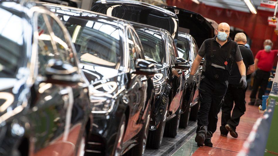 Produktion der S-Klasse in Sindelfingen: Die S-Klasse gehört zu den profitabelsten Modellen der Schwaben