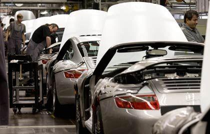 Endmontage bei Porsche: Keine Prognose für das noch laufende Geschäftsjahr