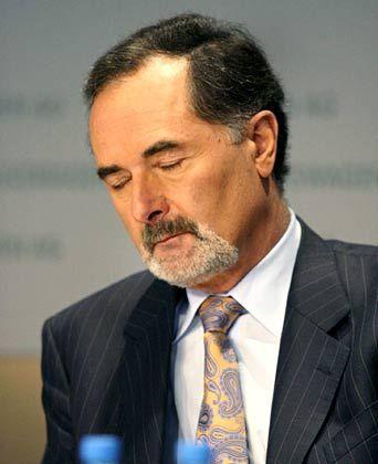 VW-Vorstandschef Bernd Pischetsrieder: Vertragsverlängerung weiter offen