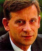 Hermann Simon ist Chairman von Simon, Kucher & Partner in, Bonn, München, Cambridge (USA), Paris, Tokio, Wien, und Zürich.