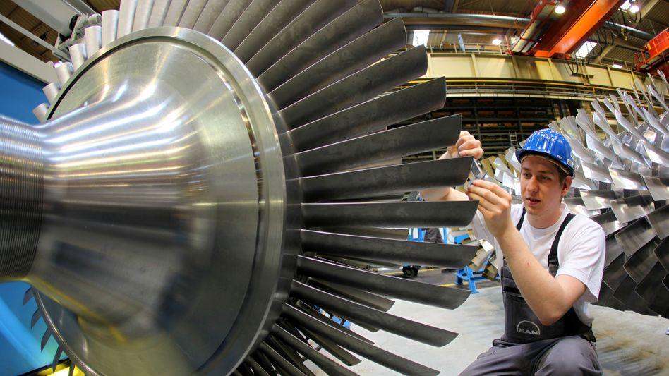 Maßvolle Tarifabschlüsse: Die Mehrheit der Arbeitnehmer rechnet in 2011 nicht mit einer Lohnerhöhung