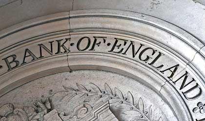 Historische Zinssenkung: Großbritanniens Notenbank drückt Leitzins auf 1,5 Prozent