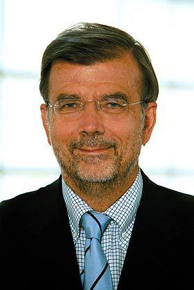 Alfred Kieser ist Professor für Betriebswirtschaft und Organisation an der Universität Mannheim. Sein Schwerpunkt liegt in der Organisationstheorie und der Erforschung von Entscheidungsprozessen.