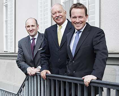 Bauleiter: Michael Hilti (M.)und seine Manager Loos (r.) und Kampmeyer