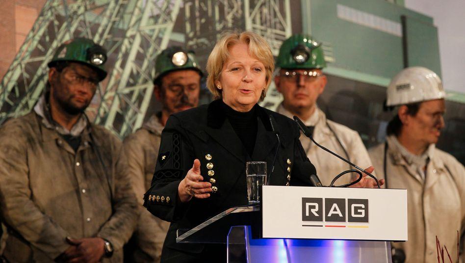 NRW-Ministerpräsidentin Hannelore Kraft (SPD) bei Schließung einer RAG-Zeche: Vom Problemfall zum nützlichen Vehikel der Standortpolitik