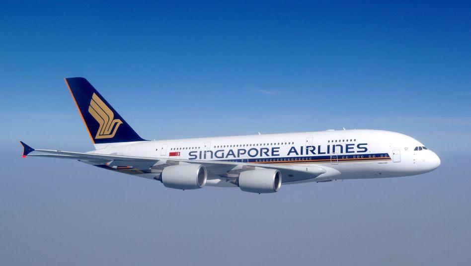 A380 von Singapore Airlines: Weil die asiatische Fluggesellschaft die Maschine nicht mehr nutzen will, erleiden hiesige Fondsanleger womöglich Einbußen