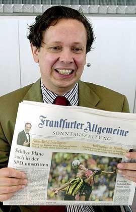FAZ-Herausgeber Schirrmacher muss sparen