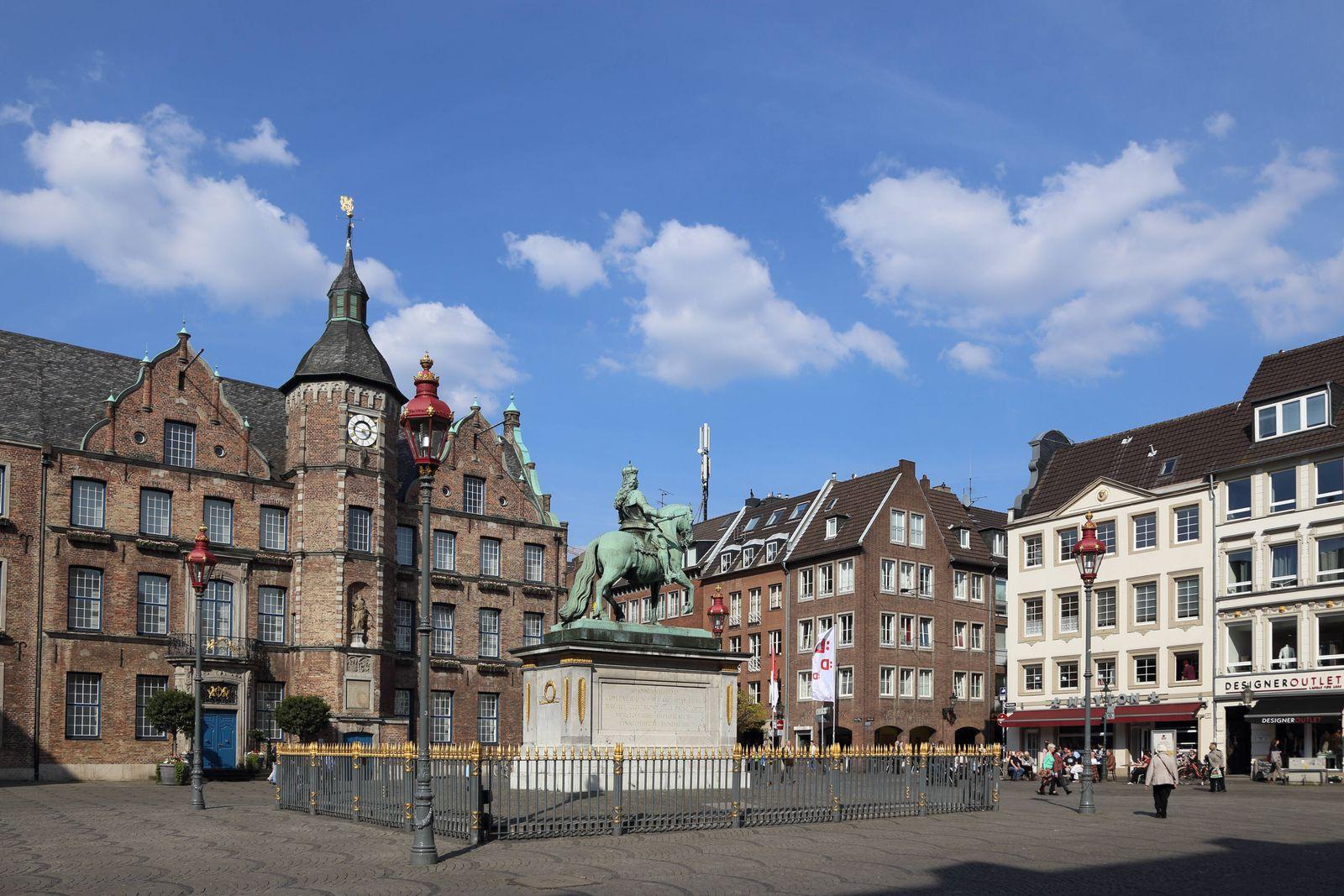 EINMALIGE VERWENDUNG Düsseldorf/ Altstadt