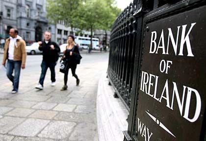 Bankenkrise: Die Garantien der irischen Regierung für die Banken auf der Insel sind inzwischen doppelt so hoch wie das Bruttoinlandsprodukt