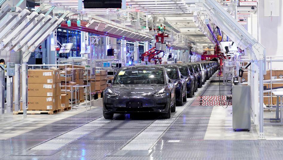 Tesla-Fabrik in Shanghai: Der Elektroautobauer steigerte seine Auslieferungen selbst im zweiten Quartal