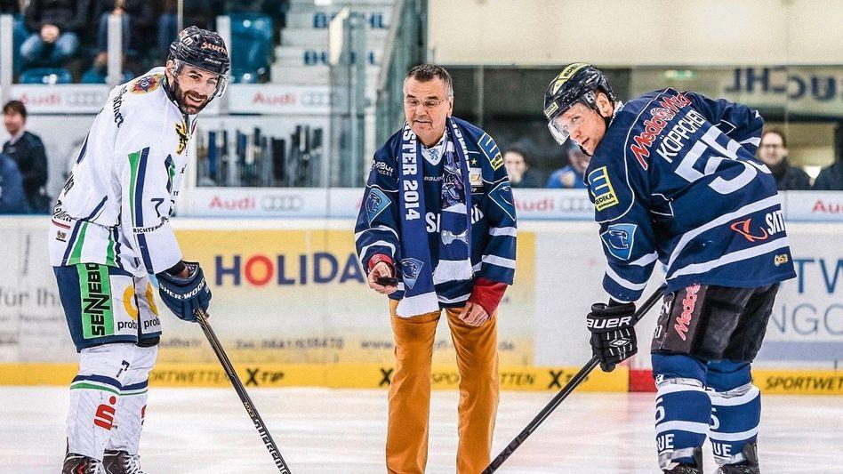 Bullyparade: Media-Saturn-Mitgründer Leopold Stiefel beim Eishockey