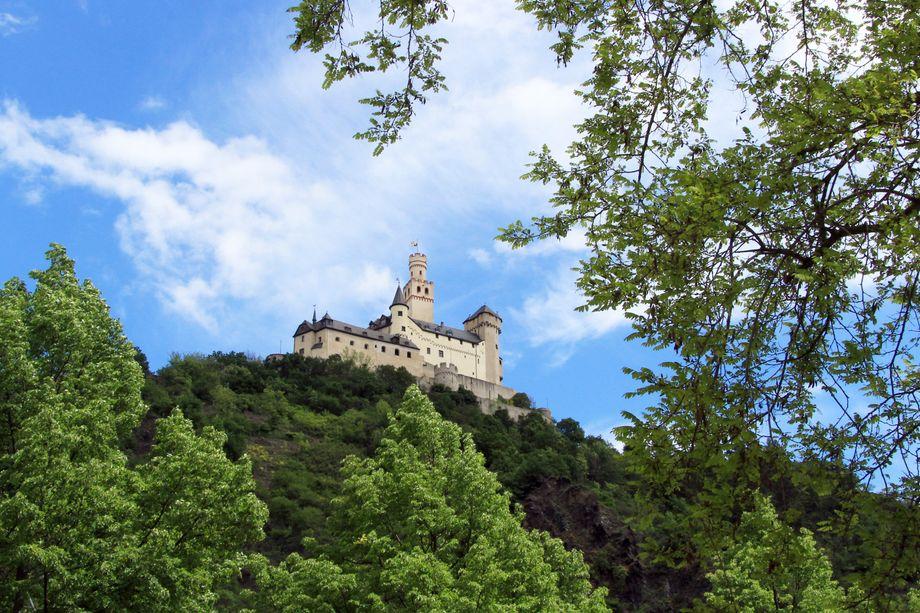 Die Marksburg in Braubach gilt als die einzige nie zerstörte Höhenburg am Mittelrhein