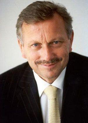 Daimler: Schmidt übernimmt den Vertrieb