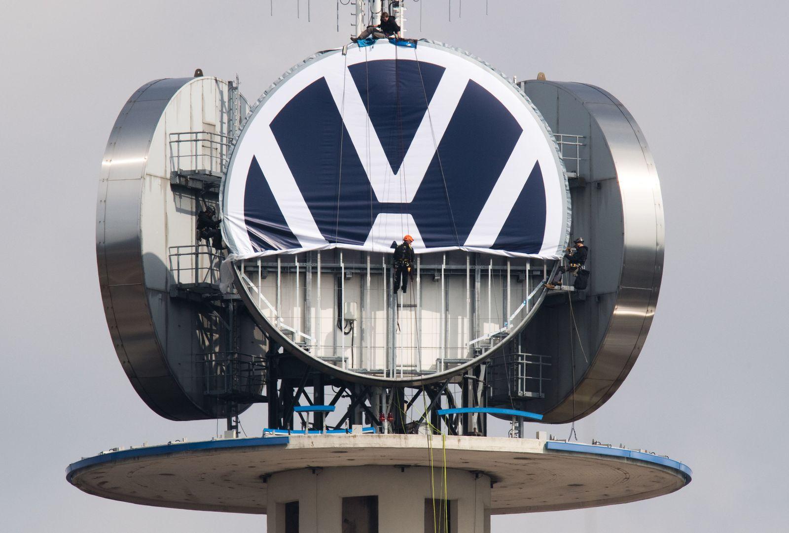 """Neues VW Logo auf """"Telemoritz"""" in Hannover"""