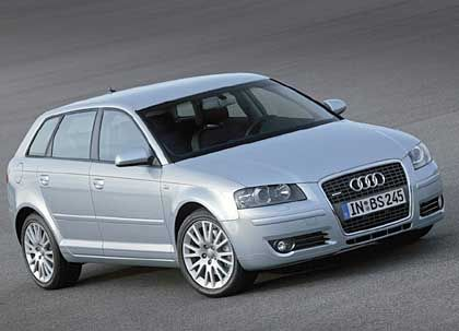 """Audi A3 Sportback: Der mächtige """"Singleframe""""-Kühlergrill wirkt ein wenig zu dick aufgetragen"""