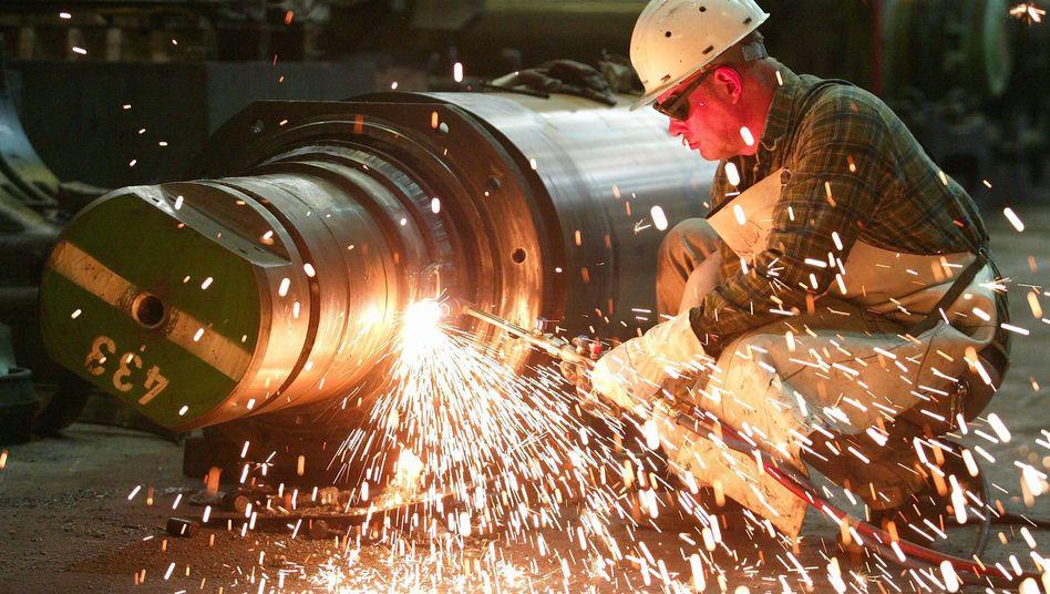 Metallbearbeitung bei ThyssenKrupp: Die Arbeiter in der Branche wollen deutlich mehr Lohn