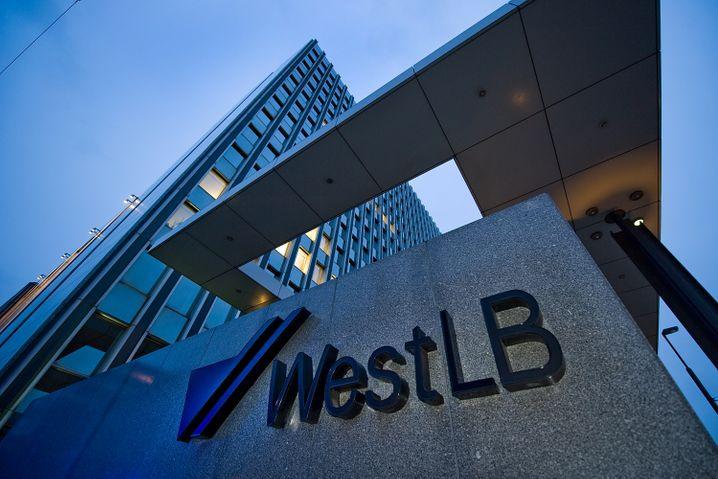 WestLB-Zentrale in Düsseldorf: Jahrzehntelanges Missmanagement der Landesbanker