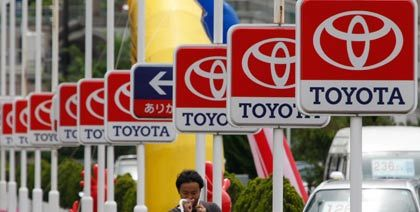 Weltmarktführer in Gefahr: Den Titel hat Toyota gerade von General Motors erobert - nun greift VW an