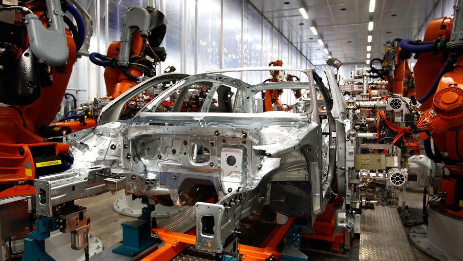 Audi-Werk in Ingolstadt: In Deutschland sind die Autofabriken gut ausgelastet - in Italien, Frankreich und Spanien sieht es anders aus